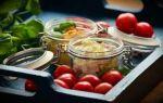 Салат с руколой, черри и соусом: почувствуй себя итальянцем!