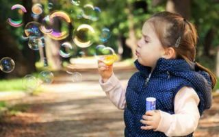 Какие народные средства лучше использовать, что бы вылечить кашель у детей